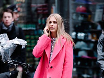 Cara Delevingne even in pink at New York