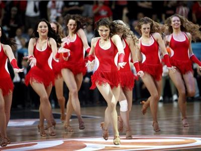 Cheerleaders dance