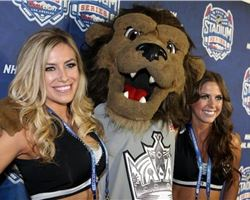 Happy 12TH birthay to LA Kings mascot Bailey... Definitely the Coolest & The Sassiest Mascot in the NHL!