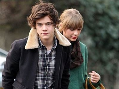 Harry Styles, country pop star, is smitten with Taylor Swift.