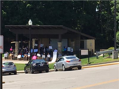 Protesters in Crossville,Tennessee Today in regards about what happened to George Floyd