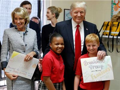 What happen to parents if Betsy DeVos brings back the No Child Left Behind Act.
